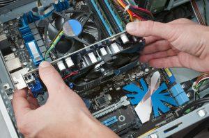 Installatie nieuwe fan ventilator in computer