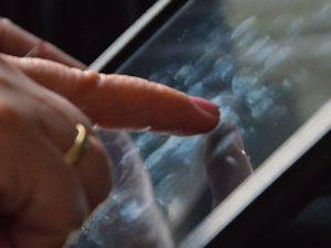 vingerafdrukken op touchscreen